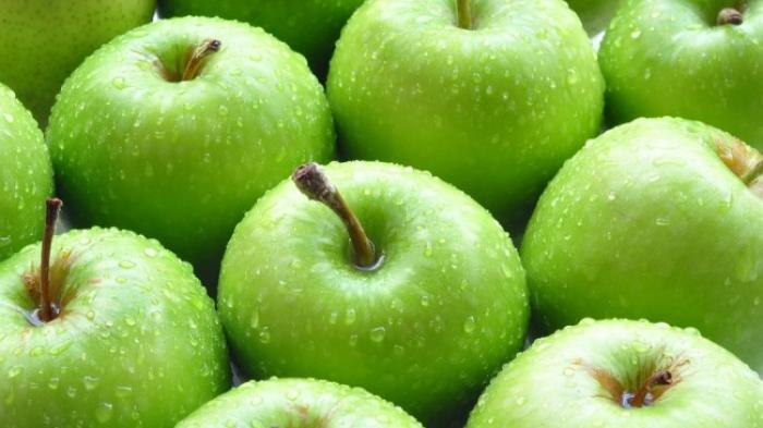 Mau Awet Muda, Konsumsi Apel Hijau dan Berikut Manfaatnya
