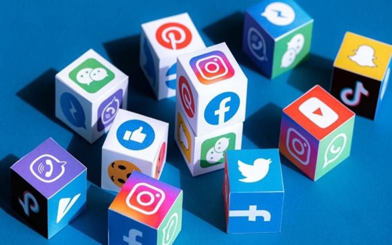 Menggunakan Media Sosial Dengan Bijak Dan Bertanggung Jawab